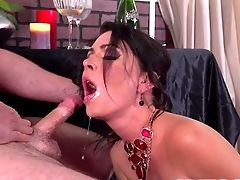 Brilliant Oral Job By Huge-chested Jessica Jaymes