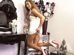 Long Legged Stunner Natalia Forrest Spreads Gams And Shows Her Yummy Cunny Upskirt