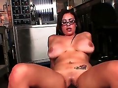 Stunning Selena Castro Is Entertaining Dark Knight With Moist Suck Off And Wild Cowgirl Railing