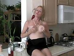 Sexy Homemade Taunting Mummy Joy