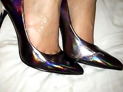 Shoejob And Jizz On Her Holograph High-heeled Shoes