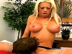 Rocco Reed Doing Wild Things With Glamourous Smoking Hot Blonde Stunner Tanya James