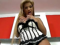 Bibi Noel Is Truly Titillating Honey With Luring Figure And Sexy Face And She Flash Us Her Charms Today