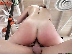 Sport Instructor Fucks Supah Sexy Teenage Serena Averyin The Gym