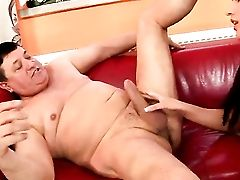 Nubile Diana Stewart Gets The Slit Fuck Of Her Cravings With Hard Dicked Dude