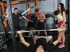 Verona Sky's Double Penetration & Assfuck Widely Opened Workout