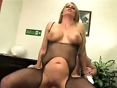 Delicious Platinum-blonde Cougar In Hot Bodysuit Holly Heart Had Nice Romp With Her Chief In The Office