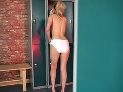 Torrid Bosomy Nymphomaniac Amber Jayne Masturbates In The Locker Room
