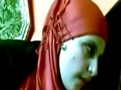 Decadent Chick In Crimson Hijab Knows How To Give A Decent Bj