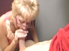 Oral Job In The Laundry Room