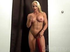 Blonde Muscle Stunner Jill Gets Off