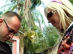 Arousing Naive Looking Blonde Tart Eden Adams With Whorish Sunglasses